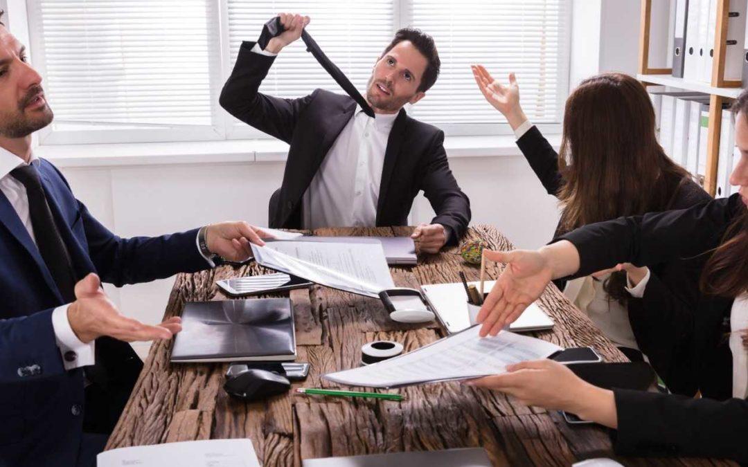 RC Professionale obbligatoria per i professionisti. Chi è obbligato?